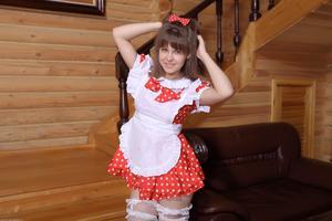 http://img34.imagevenue.com/loc162/th_105518794_tduid300163_Silver_Sandrinya_maid_1_123_122_162lo.JPG