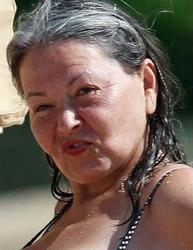 Roseanne Barr - Flaunting her bikini on Maui Feb 22 2011