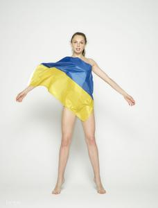 Cindy-Ukraine-Undressed--a6shhbm1vt.jpg