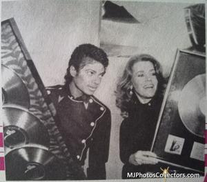 1983 Thriller Certified Platinum Th_948064105_med_gallery_72_119_1370349_122_472lo