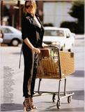 th_07757_elle_italy_june_2008_019_123_859lo - Magnifique Adriana Lima pour Elle